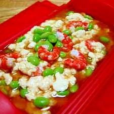 ルクエで簡単 蒸し豆腐 (エビ・えだまめ)