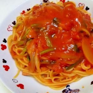 ソーセージとほうれん草のトマトパスタ++