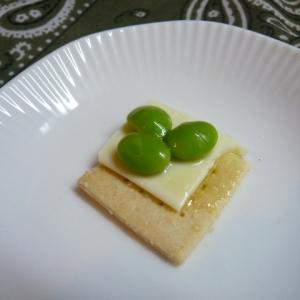 大豆粉クラッカー、枝豆でおつまみ
