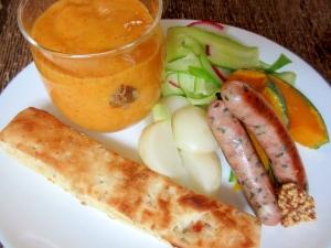 柿の豆乳スムージーとウィンナーの朝パンプレート