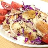 鶏もも肉と紫キャベツのマリネ