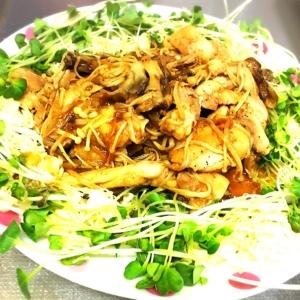鶏もも肉で野菜&キノコたっぷり焼肉風