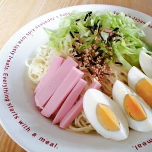 レタスと魚肉ソーセージと茹で卵の冷やし中華