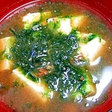 豆腐と青海苔のお味噌汁
