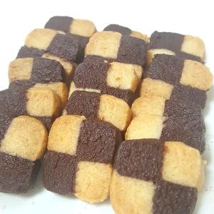 サクサク♪2色クッキー