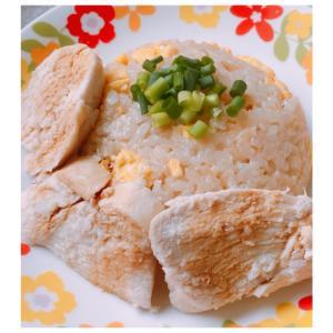 炊飯器で簡単!鶏むね肉のカオマンガイ風チャーハン♪
