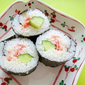 カニカママヨときゅうりの巻き寿司