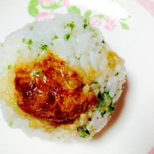 鰹マヨ醤油on青海苔おにぎり