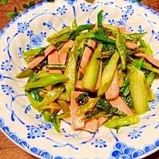 アスパラ菜と魚肉ソー☆マヨ炒め