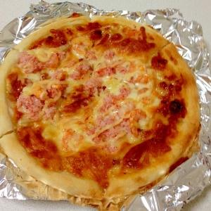 マヨラー必見!かに&海老のマヨたっぷりピザ