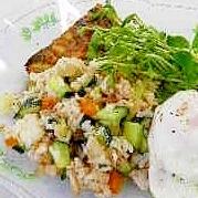 おうちカフェごはん♪マグロのライスサラダ