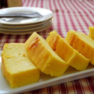 オレンジのサワークリームケーキ