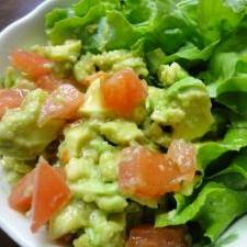 混ぜるだけ!美味しい★アボカドとトマトのサラダ