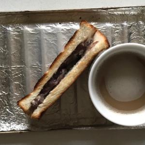 ホイップあんこサンドイッチ