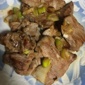 厚切り豚肉のネギ焼き
