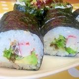 アボカド&かにかまの巻き寿司