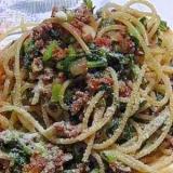 緑がきれい 大根葉ミートソーススパゲティー