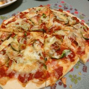 万能!簡単!トマトソース!を使った手作りピザ