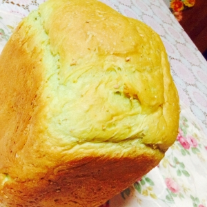 HBで♡青汁を美味しく♪全粒粉入り牛乳食パン