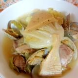 タケノコ、豚肉、あさりのキャベツの梅蒸し煮