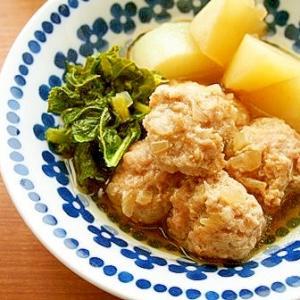 大根と玉ねぎ肉団子の煮物♪ふっくら美味♡