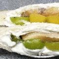 水きりヨーグルトで果物ロールパンサンド