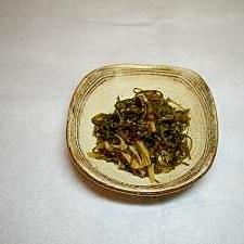常備食材で一品!!ツナ缶と切り昆布の煮物