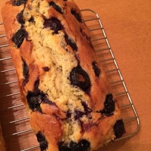 冷凍ブルーベリーのパウンドケーキ