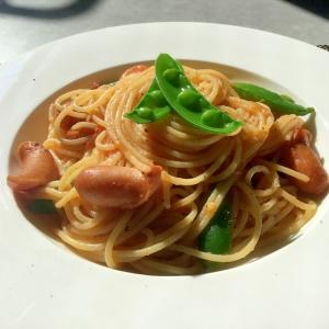 春を感じて☆スナップエンドウのトマトスパゲッティ
