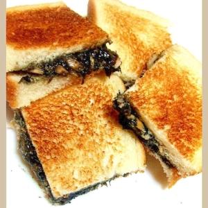 黒い具♡サンドイッチ