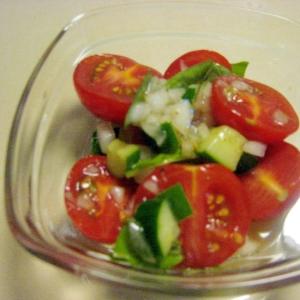 トマトときゅうりのマリネサラダ
