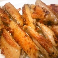鶏スペアリブのニンニク焼き