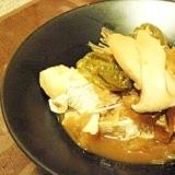 お酒でコトコト煮込んだ、鯛の優しいアラ炊き☆