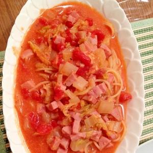白菜とハムのトマトスープパスタ