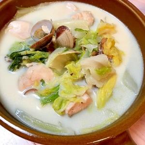 あさりと白菜の豆乳スープ
