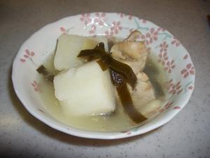 スープが美味しい!生姜たっぷり長芋煮物薬膳風