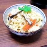 *麺つゆで簡単!炊き込みご飯*