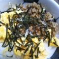挽肉と卵の二色丼☆