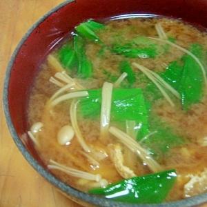 レタスとエノキのお味噌汁
