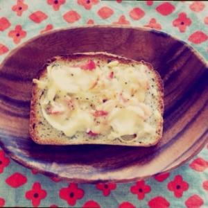 P's亭*簡単 オニオン&チーズトースト