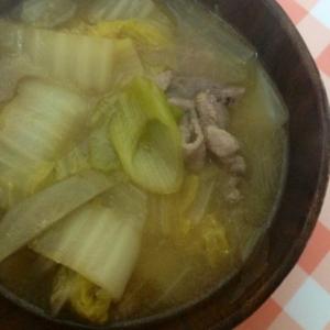 白菜&ネギ&豚肉の味噌汁☆