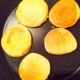 幼児食☆コーングリッツ入りのパンケーキ