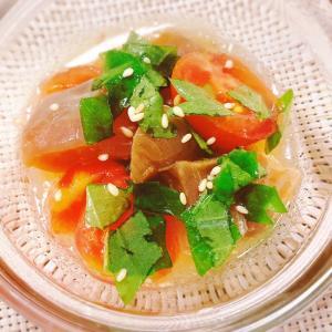 刺身とトマトのオリーブオイル漬け