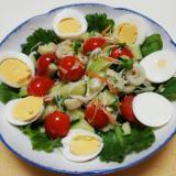 シーフード的な野菜と卵のサラダ