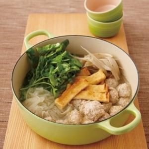 [ル・クルーゼ公式] 鶏つくねとクレソンの鍋