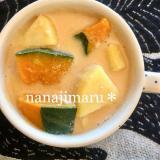 【今日のお味噌汁】かぼちゃとさつまいもの豆乳味噌汁