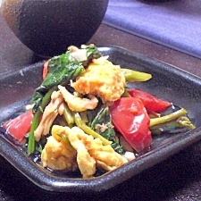 空芯菜とトマトの卵炒め