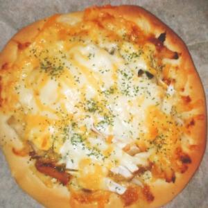 休日の至福♡トースターでネギ味噌照り卵ピザ!