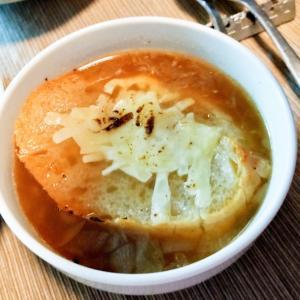 絶品 オニオングラタンスープ