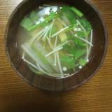 大根えのき茸、三ツ葉の味噌汁